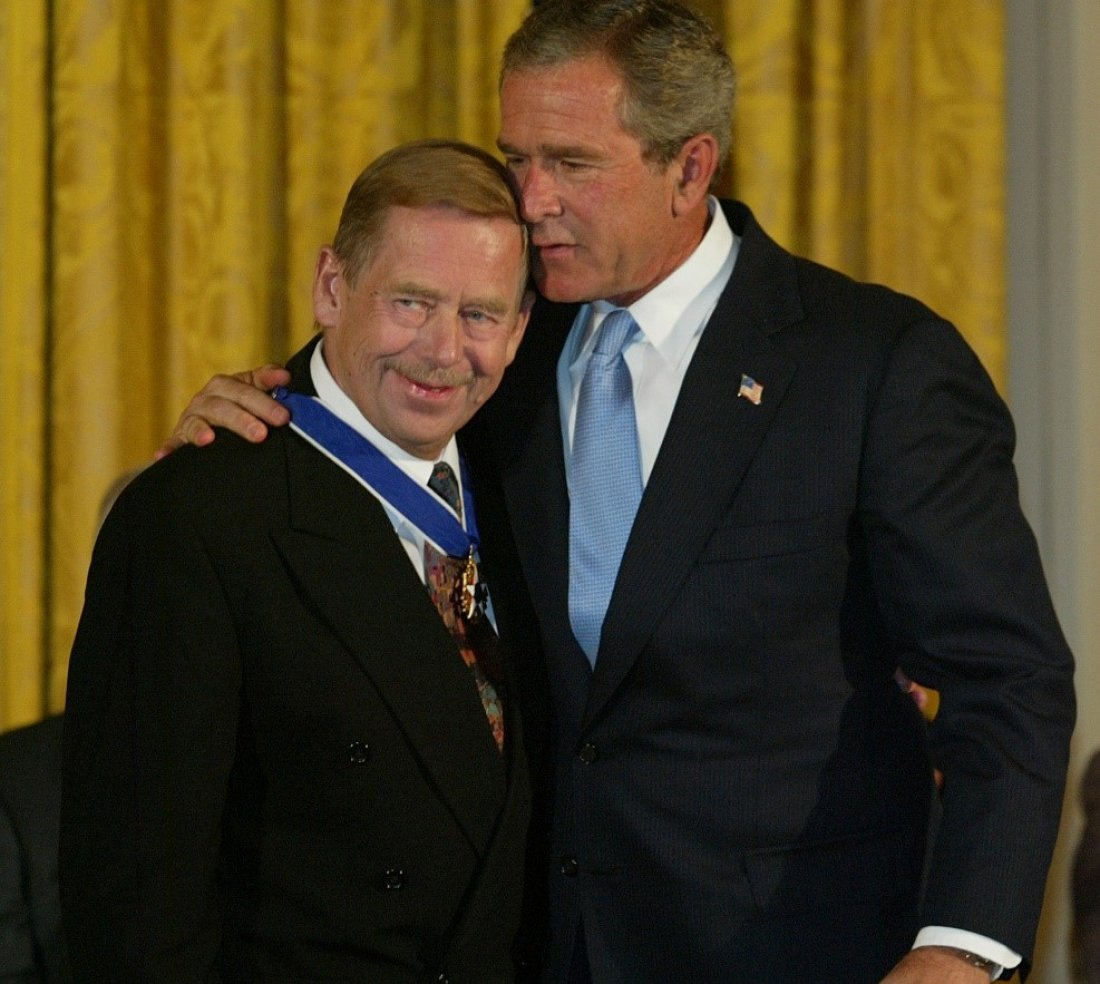 V. Havel a G. Bush foto