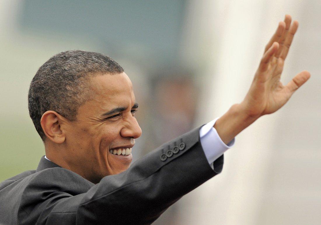 04082010_Nuclear_Summit_Prague_Obama_APImages