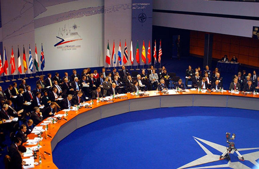 Summit NATO v Praze