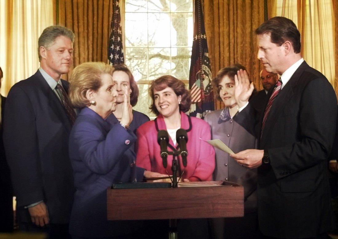 05151937_Madeleine_Albright_SwearingIn_Secretary_A