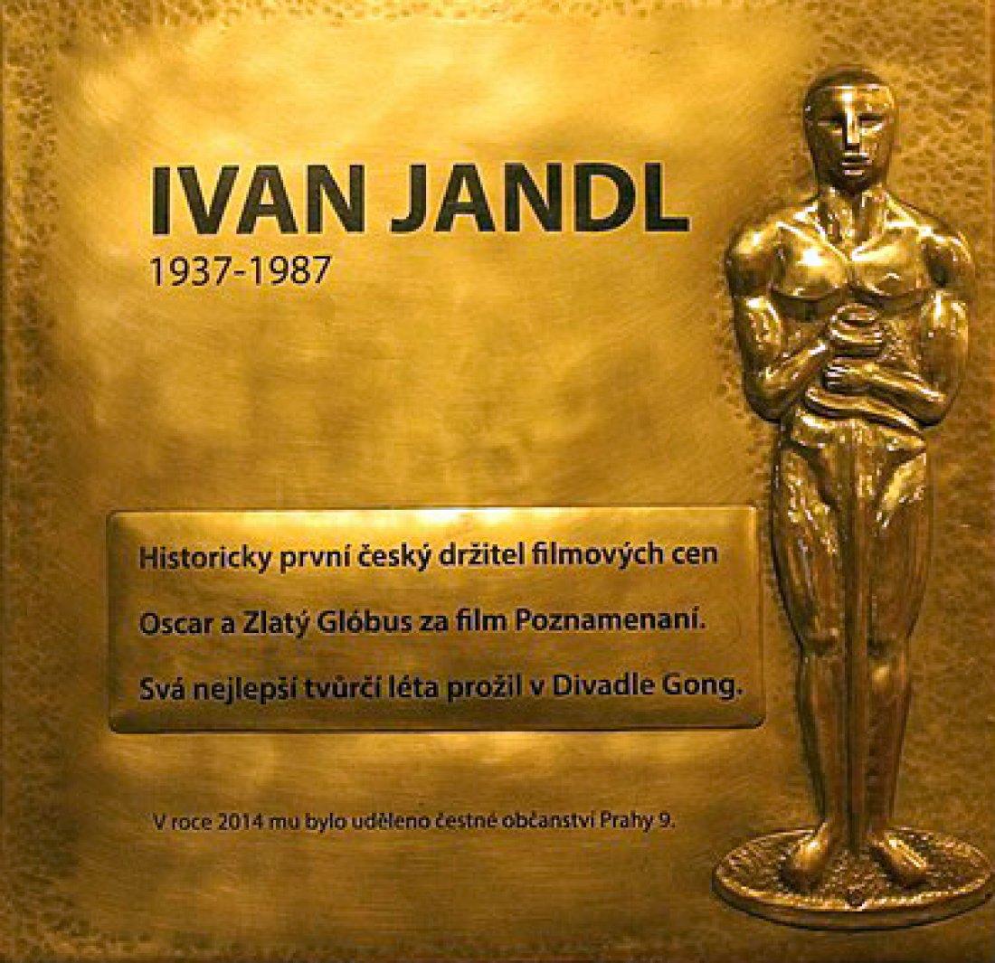 Pamětní deska připomínající Ivana Jandla v pražské