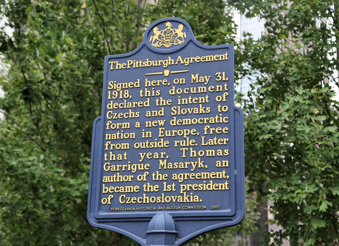 05311918_Pittsburgh_Agreement_02_Sign