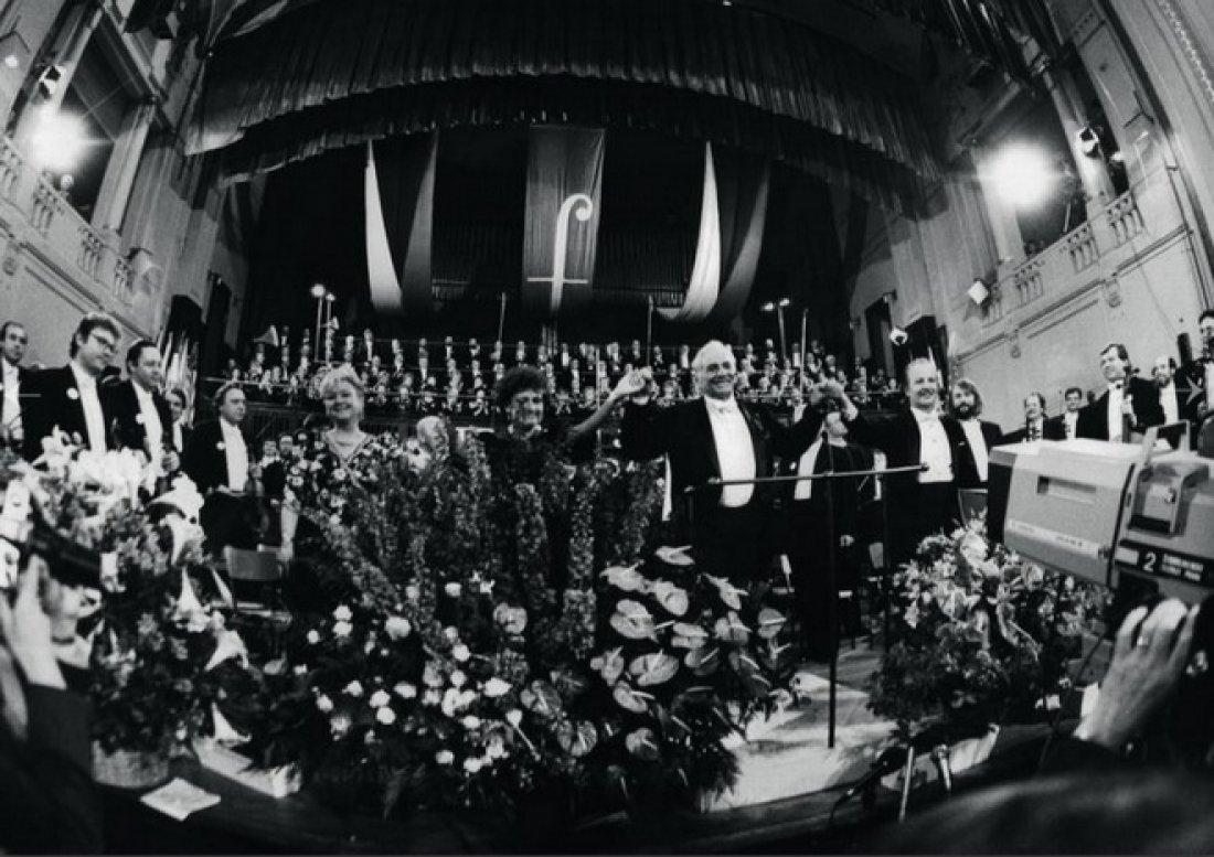 05151946_Bernstein_Prazske jaro 1990